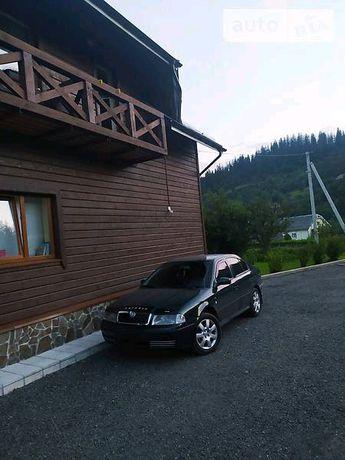 Продам Oktavia tour 2.0 газ/бензин