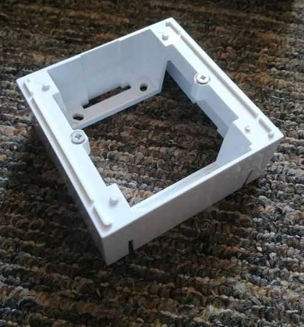 Adapter N/T podstawowy Hage Polo Optima  8,3x8,3 cm