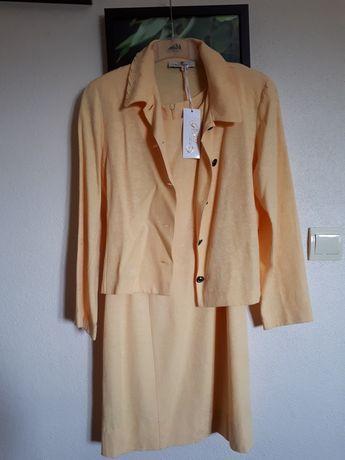 Conjunto vestido e casaco