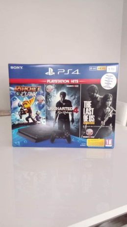 Playstation 4 1TB + 2 pady + 12 gier