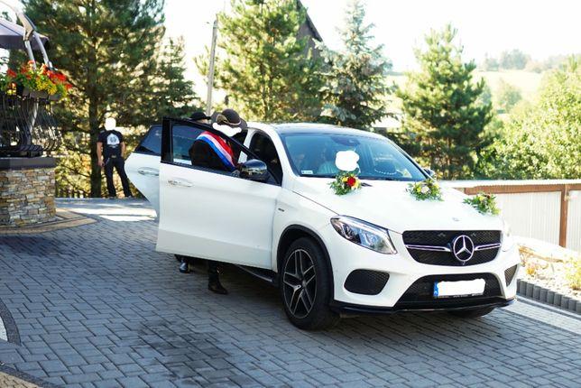 Samochód do ślubu Mercedes GLE Coupe wersja AMG kolor biala perła