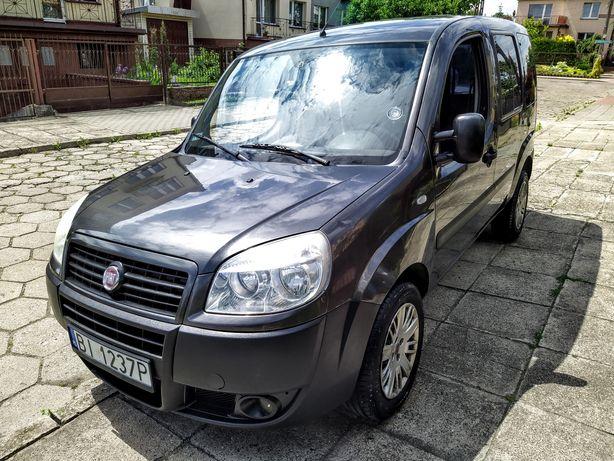Fiat Doblo 1.9 jtd 77 kw . Stan idealny wizualny oraz techniczny