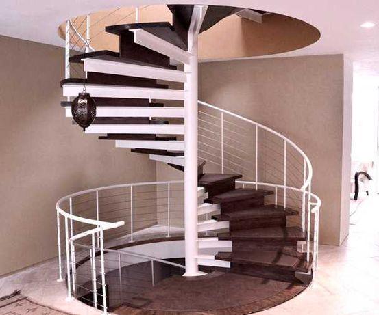 Производим, монтируем лестницы на металлокаркасе