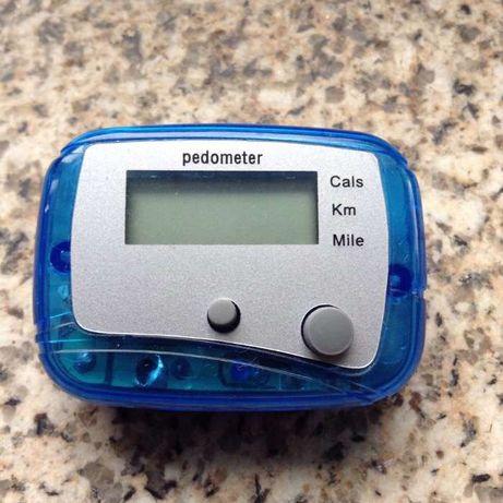 Pedometro digital, conta passos,kilometros...