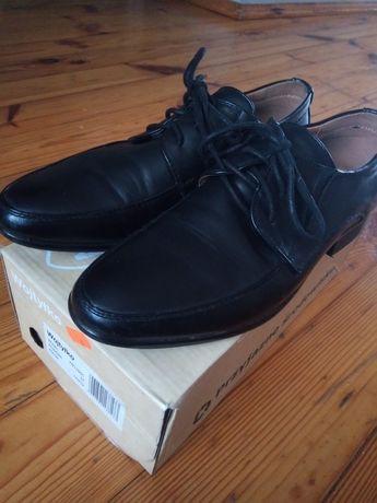 Sprzedam buty komunijne Wojtyłko r. 37