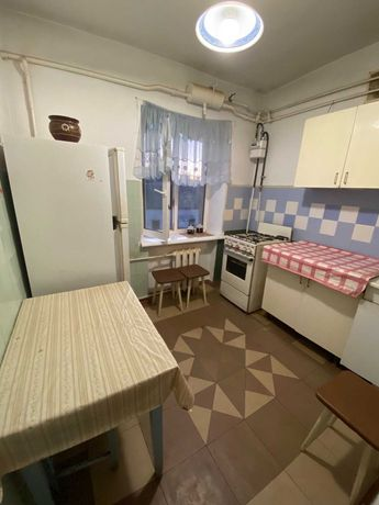 Продається 3-х кімнатна квартира, район Зелена