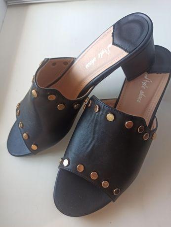 Босоножки Сабо Сандалии Щлепанцы женские на каблуке 39 размер черные
