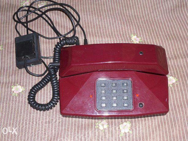 продам телефон стационарный,кнопочный