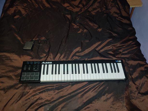Alexis v49, клавиша, MIDI контроллер, новая, в идеальном состоянии