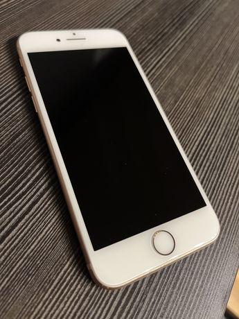 Iphone 8 64 GB złoty