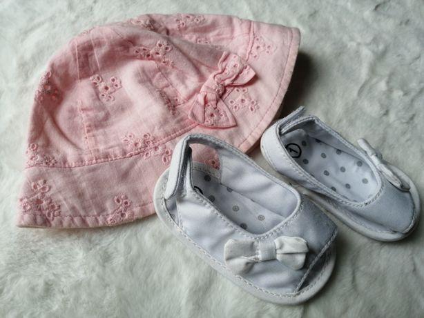 Różowy kapelusz w stylu newbie kokardka sandałki białe 0-6