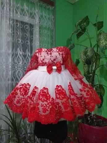 Нарядні платтячка