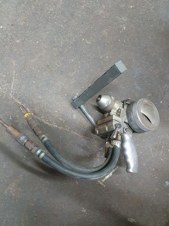 Pistolet i panel kontrolny gazów do metalizowania natryskowego