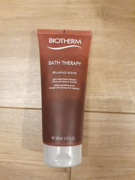 Biotherm bath therapy peeling