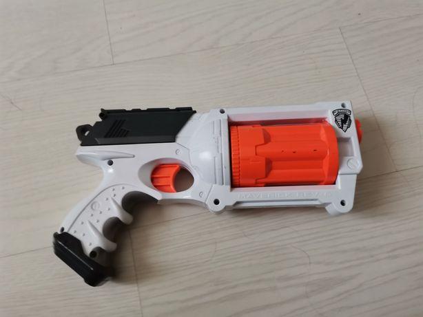 Lançador Nerf ELITE Maverick REV-6 White edition