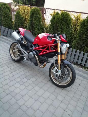 Ducati Monster 1100S