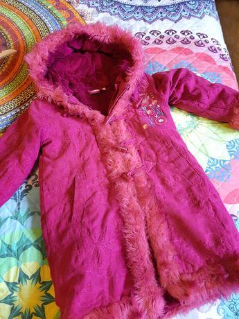 Paltko/ plaszczyk zimowy dla dziewczynki 7 lat(122 cm) firmy Butterfly