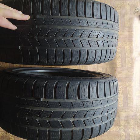 Резина 235/45/17 два колеса в отличном состоянии