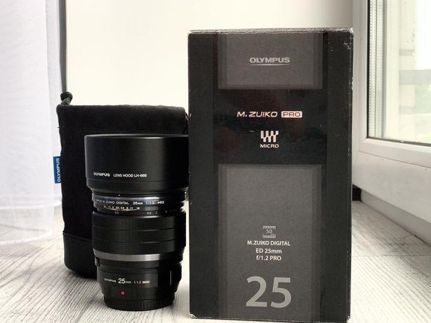 Olympus 25 f1.2 Pro Micro 4/3 (Panasonic Blackmagic)
