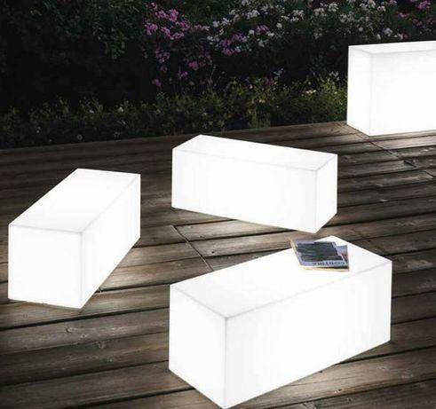 Mesas com luz em plastico