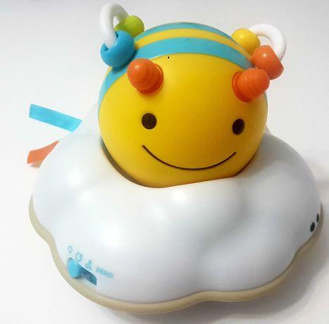 Pszczółka Skip Hop:  zabawka do raczkowania Explore&More