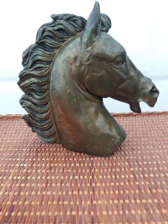 Busto de cavalo decorativo