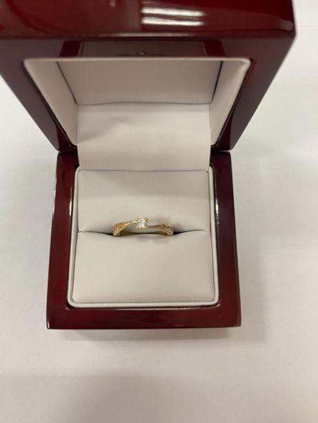 złoty pierścionek p585 1,97g
