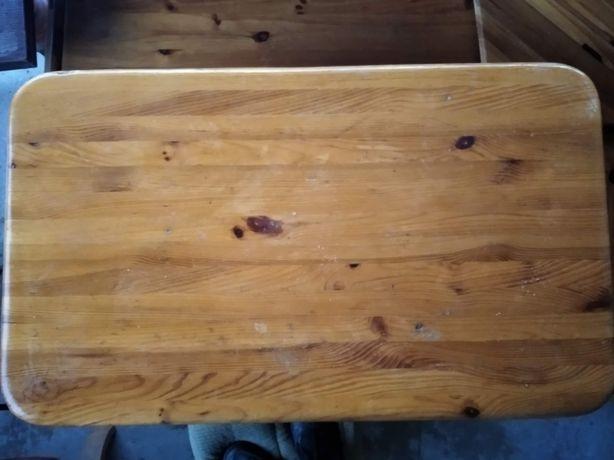 Stół z ławką i taboretami do kuchni