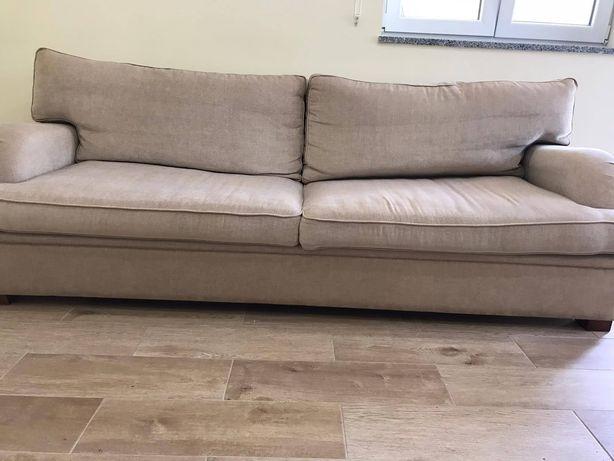Vendo sofá cama de 4 lugares