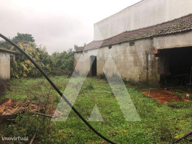 Moradia para reconstruir em Aveiro