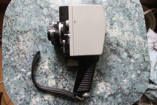 Кинокамера Экран 4 из СССР