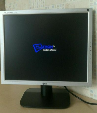 Monitor LG FLATRON 1718s
