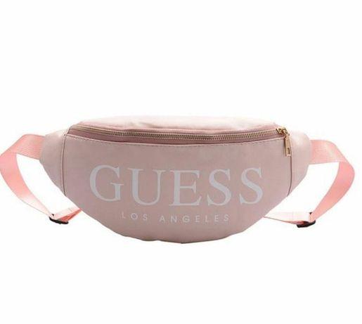 śliczna torebka nerka  na biodra różowa Guess
