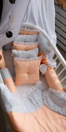 СРОЧНО продам!! Бортики, защита в кроватку, постельное, плед, кроватка