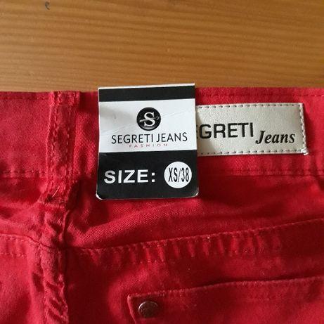 Nowe z metką czerwone spodnie jeansy rurki roz. XS okazja!!Na prezent
