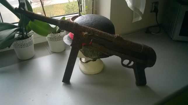 Replika MP40 pistolet plastykowy