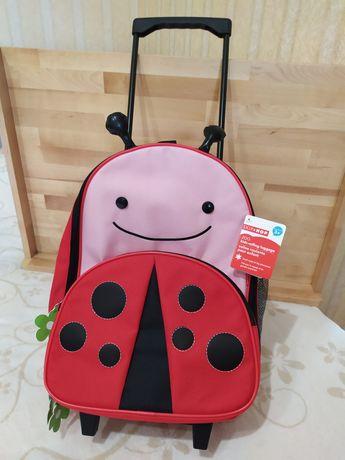 Skip Hop детский чемодан
