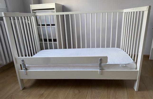 Łóżko łóżeczko Gulliver Ikea z materacem i barierką