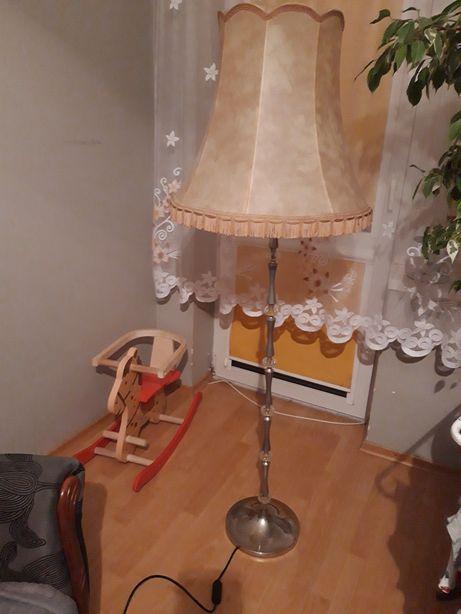 Lampa stojąca...