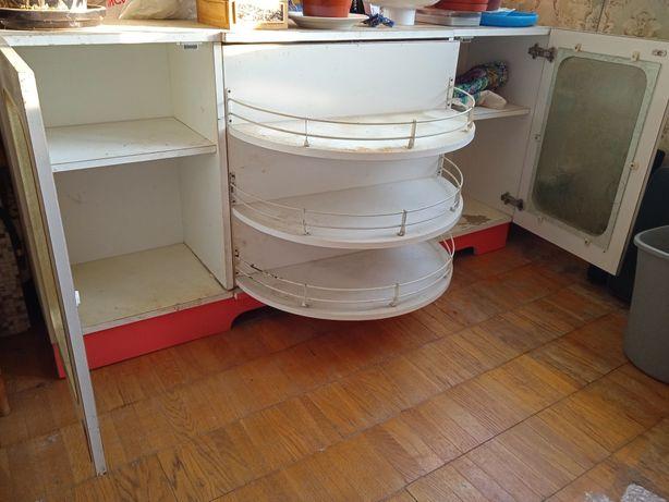 Кухонні меблі навісні