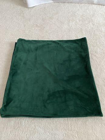Capas de almofada em veludo verde musgo