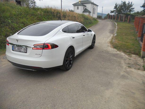 Оригінал Tesla Model S 60 Pnevmo.Tech.Panorama.Premium 2013р БЕЗ ДТП!