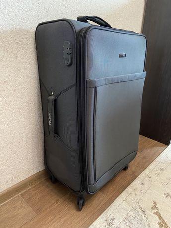 Чемодан дорожный , чемодан на колесиках