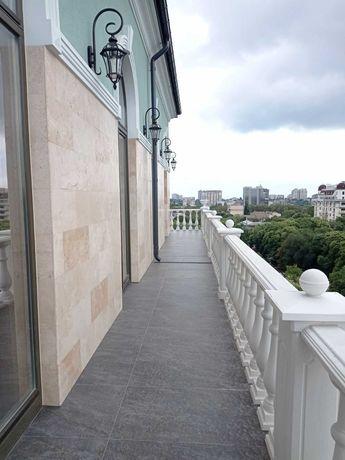 Пентхаус с террасой в историческом центре Одессы. Шикарный вид!