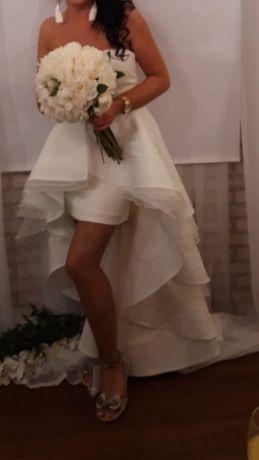 Suknia ślubna z odpinaną spódnicą