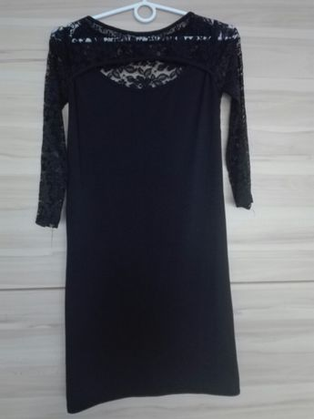 Seksowna czarna sukienka z koronką