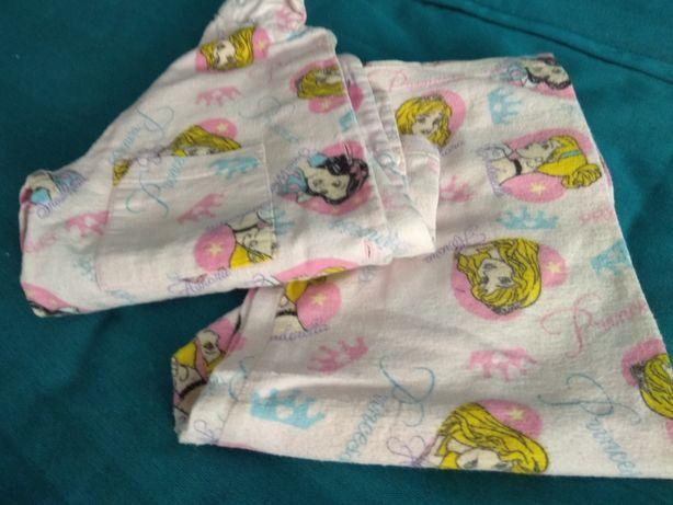 Piżamka księżniczki rozm 3-4latka