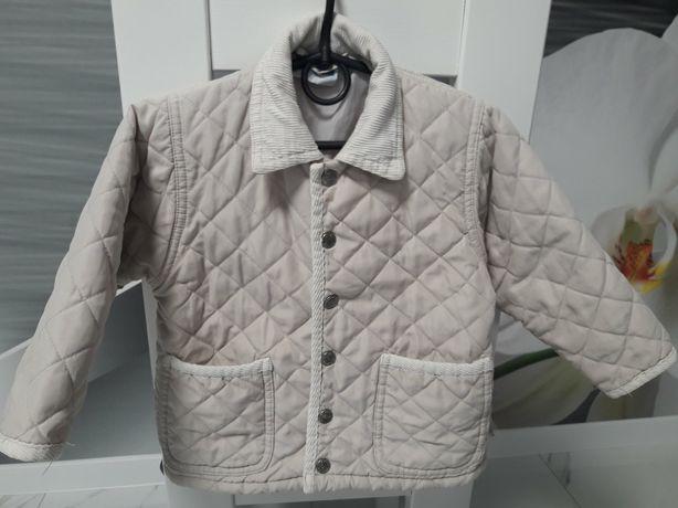 Курточка весна-осінь.