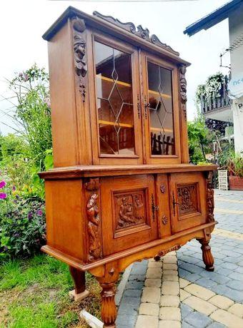 Kredens rzeźbiony drewniany