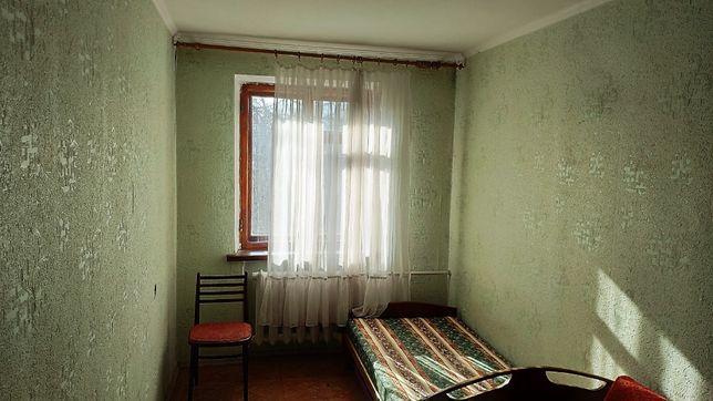 Продам свою 3-хкомнатную квартиру на проспекте Шевченко